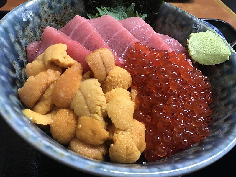 絶品海鮮丼