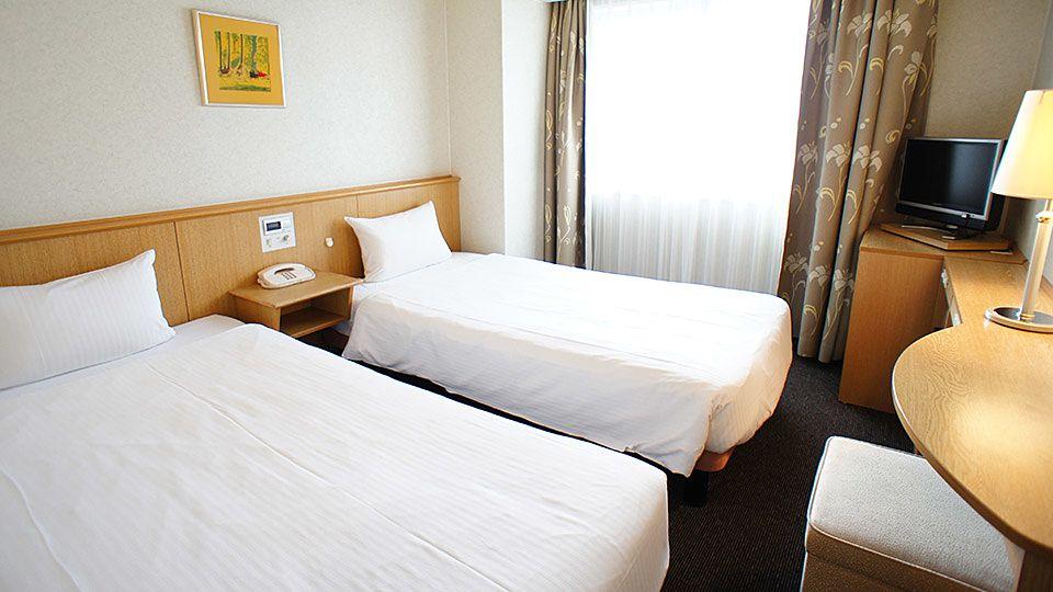 大阪ジョイテルホテルのエコノミーツインのお部屋です。