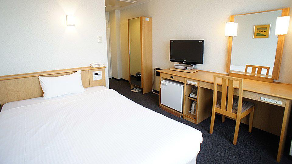 大阪ジョイテルホテルのスタンダードシングルのお部屋です。