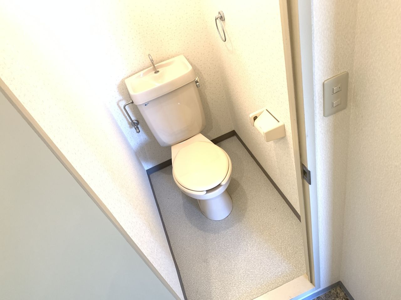 レナジア新深江トイレです。