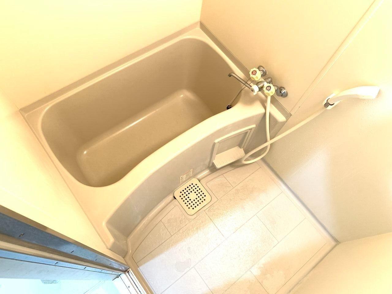 レナジア新深江お風呂です。