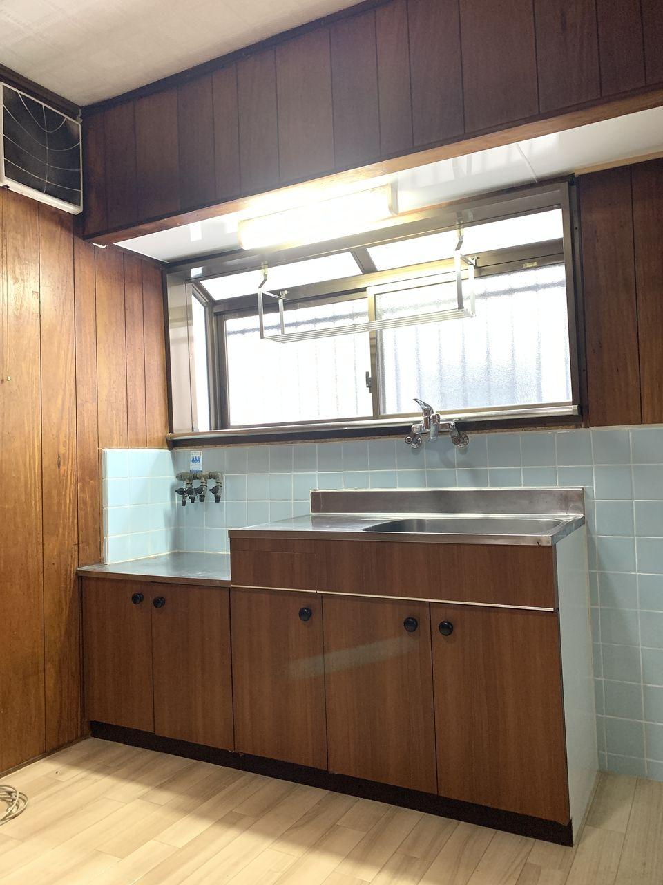 安立2丁目一戸建てのキッチン